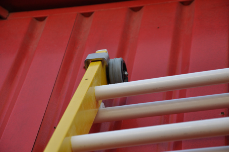 Escaleras perez palacios escaleras de fibra for Escaleras fibra